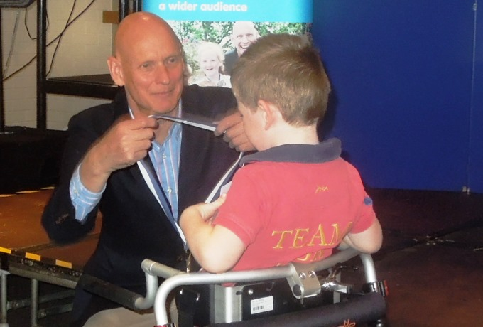 Thomas Bryant with Duncan Goodhew