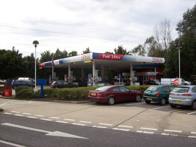 Tesco Andover Garage