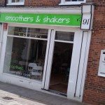 Smoothers and Shakers Juice Bar Opens in Andover