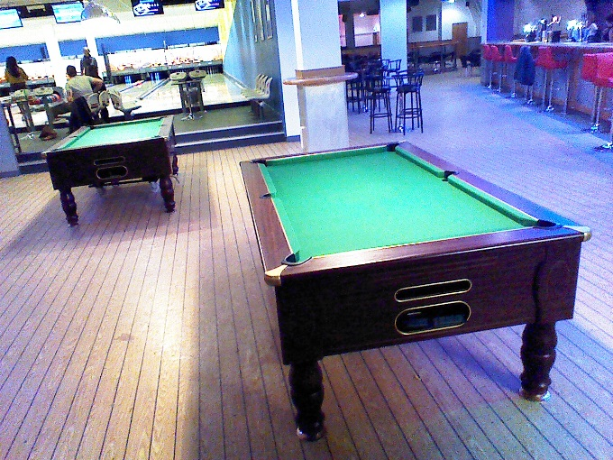 Breakers Andover - Pool Tables and Bowling Area