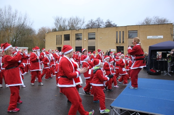 Santa Fun Run Warm Up