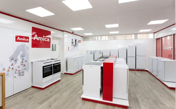 Amica Showroom at Portway