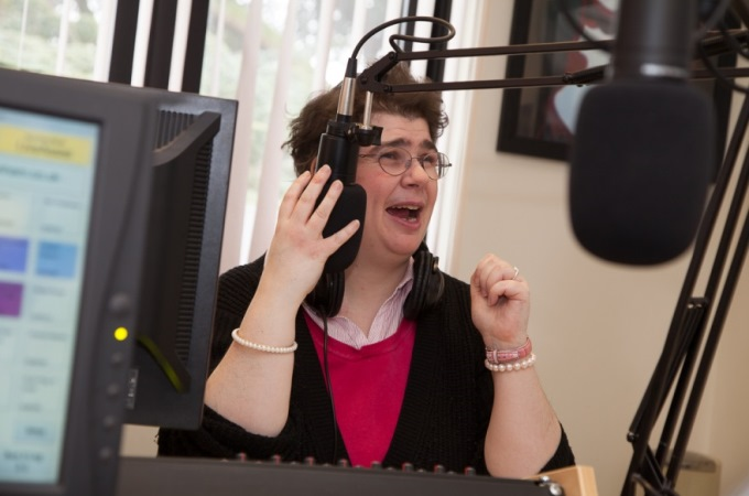 Radio Enham Presenter Lizzie
