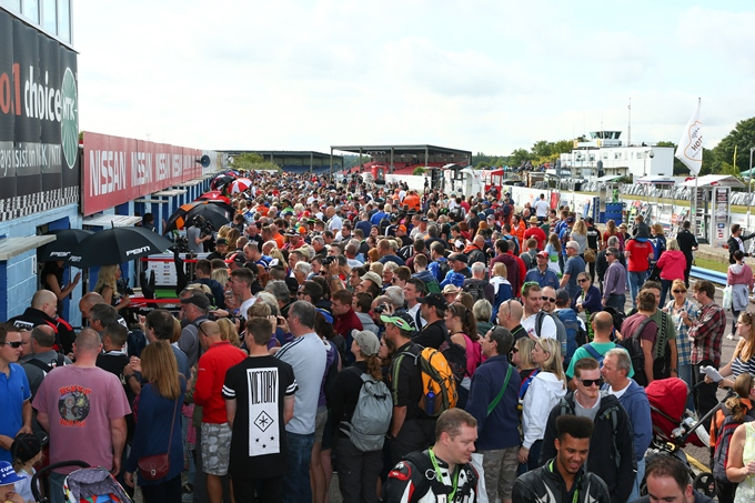 An amazing crowd flooded into Thruxton to see the action