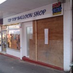 Business Window Smashed in Union Street