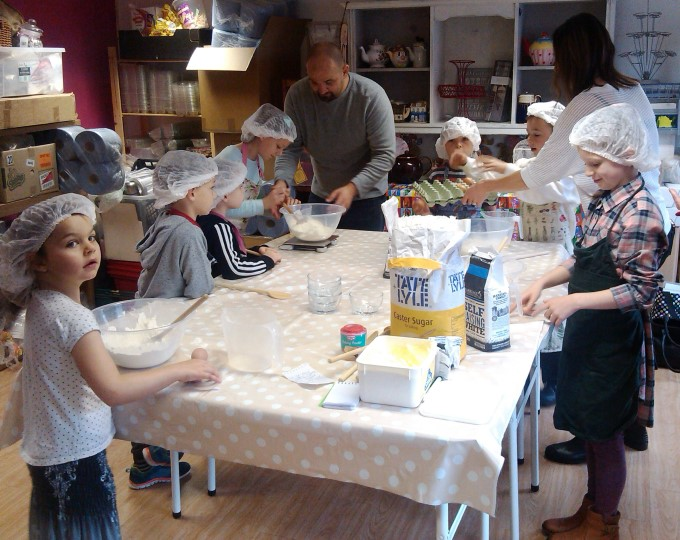 Travelling Cupcake - Kids Baking Party 1