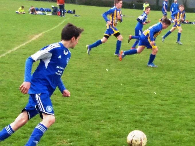 Andover Town Youth FC 12s Blue 20160424-2