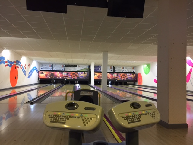 valley-leisure-bowling-bowling-alley-prior-to-refurb