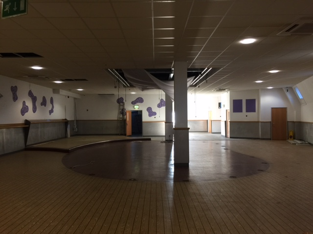 valley-leisure-bowling-dance-floor-cleared-prior-to-glow-golf-refurb